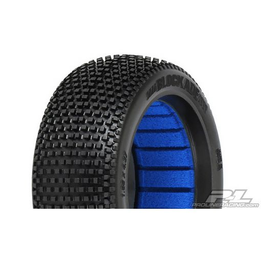 1/8 Blockade M4 Off Road Buggy Tire (2)